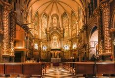 spain catalonia Inre av kyrkan av Montserrat Abbotskloster är Arkivbilder