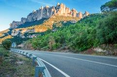 spain catalonia Väg i Santa Maria de Montserrat Abbey montering Royaltyfria Foton