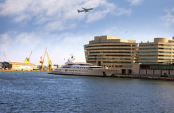 spain Construção da autoridade portuária de Barcelona fotografia de stock royalty free