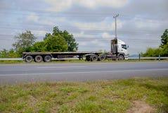 spain för bergpyrenees väg lastbil Royaltyfri Bild