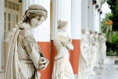 Spalte von Musen in Achillions-Palast Lizenzfreies Stockfoto