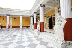 Spalte von Musen in Achillions-Palast Stockbild