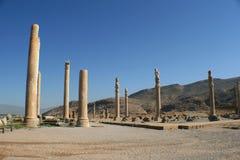 Spalten der alten Stadt von Persepolis, der Iran Lizenzfreies Stockfoto