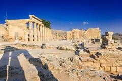 Spalten der Säulenhalle und der Kirche von Johannes auf der Akropolise von Li Stockbilder