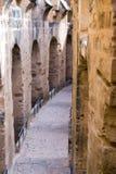 Spalten im Amphitheatre von EL Jem in EL Djem, Tunesien stockfotos