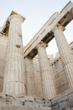Spalten im Tempel von Athena Nike Stockfotografie