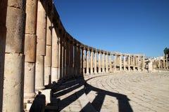 Spalten in Jerash, Jordanien Lizenzfreies Stockfoto
