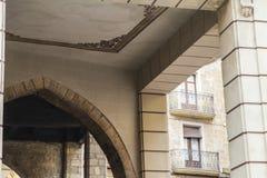 Spalten und alte Bogenarchitektur Stockfoto