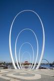 Spanda - скульптура искусства в 29 метров на waterfro набережной Элизабета Стоковые Изображения