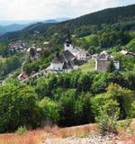 Spaniavallei met kerk, Slowakije royalty-vrije stock foto