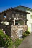 Spanien Asturias, Cornellana, horreo - traditionell ladugård Royaltyfria Foton