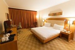 Spanien Barcelona - Februari 10, 2016: Hotellrum av Hilton Diagonal Mar Barcelona, Spanien Fotografering för Bildbyråer