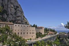 Spanien berg Montserrat Maj 03-2013 kloster av Santa Maria Arkivfoton