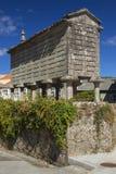 Spanien Galicia, Corcubion, horreo - traditionell ladugård Royaltyfria Foton