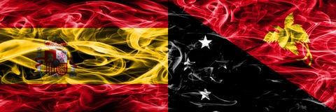 Spanien gegen die Papua-Neu-Guinea Rauchflaggen nebeneinander gesetzt dick vektor abbildung