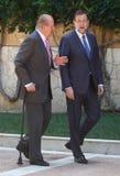 Spanien konung Juan Carlos (rätt) och premiärminister Mariano Rajoy Arkivbild