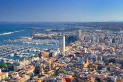 spanien Sonniger Tag in der Stadt von Alicante Lizenzfreies Stockfoto
