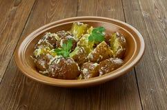 Spanisch gebratener Kartoffel-Salat lizenzfreies stockbild