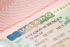 Spanisch-Schengen-Visum in einem Pass stockbilder