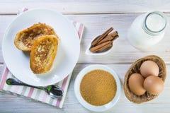 Spanisch Torrijas oder französische Toast traditionsgemäß für Ostern in SP stockfotografie