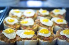 Spanische Kücheei Tapasteller im Restaurant Lizenzfreie Stockbilder