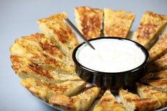 Spanische Tortilla mit Knoblauchbad Lizenzfreies Stockfoto