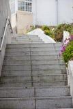 Spanische Treppe in der Gasse Stockfoto