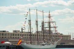 Spanischer Marinegroßsegler Juan Sebastian De Elcano stockfotografie