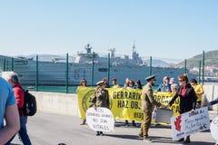 Spanischer Protest Schiff Juan Carloss I in Bilbao lizenzfreie stockfotografie