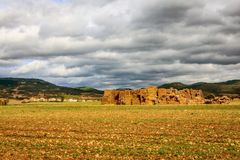 Villadiego, Burgos, Castilië and Leon, Spain. Spanish agriculture on the highlands in the province of Burgos. Hard dry ground and a lot of stones Royalty Free Stock Photography