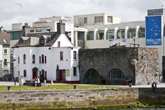 Spanish Arch near River Corrib, Galway City, County Galway. The Spanish Arch Irish: An Póirse and the Caoċ Arch Irish: An Póirse Caoċ in Galway city, Ireland Stock Photos
