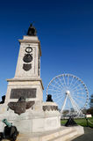 Spanish Armada Monument and Plymmouth Eye. Monument to commemorate defeat of Spanish Armada by Sir  Francis Drake and tourist observation wheel on Plymouth Hoe Stock Photo