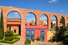 Spanish colonial aquaeduct in Zacatecas, Central Royalty Free Stock Photos