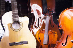 Spanish guitar and cello