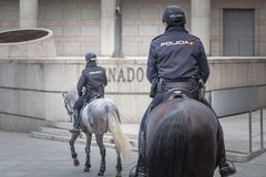 Free Spanish Mounted Policewoman Officer In Madrid Royalty Free Stock Photography - 137522467