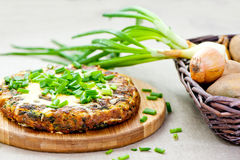 Spanish tortilla with chive Royalty Free Stock Photos