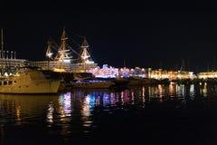 spanje Haven Alicante bij nacht Stock Foto