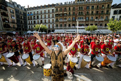Spanje Navarra Pamplona 10 de fiestaband van Juli 2015 S Firmino playin Stock Afbeelding