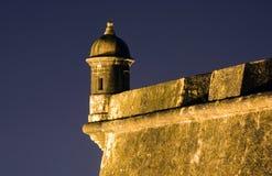 Spanjoren står vakt på El Morro Puerto Rico Royaltyfri Bild