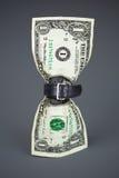 Spannen Sie Gurt auf verringertem Etat des Dollars Konzept Lizenzfreie Stockfotografie