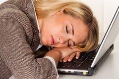 Spanning en moeheid in het bureau. De bank van het bureau. Stock Afbeeldingen