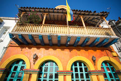 Spansk koloniinvånare färgat hus, cartagena Arkivfoton