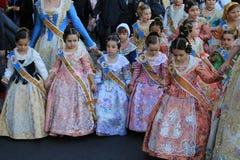 Spanska kvinnor och flickor i Valencia, Spanien Royaltyfria Bilder