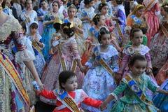 Spanska kvinnor och flickor i Valencia, Spanien Fotografering för Bildbyråer