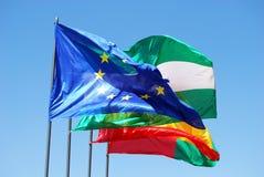 Spanska och europeiska fackliga flaggor Royaltyfria Bilder
