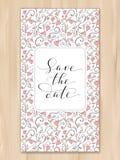 Spara datumkortet med hjärtamodellbakgrund, inbjudanmall Skriftlig beställnings- kalligrafi för hand arkivbild