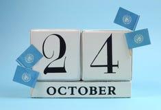 Spara den vita kvarterkalendern för datumet för Oktober 24, Förenta Nationernadag Royaltyfri Fotografi