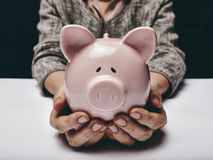 Spara pengar för gamling Fotografering för Bildbyråer