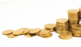 Spara pengar med myntet för att växa Royaltyfri Fotografi