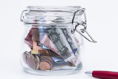 Sparande pengar Arkivbilder